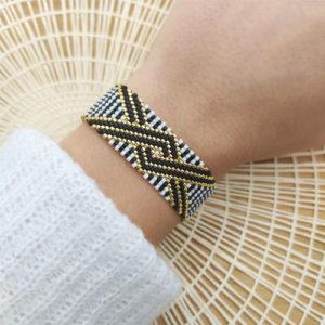 bracelet croix noire GM sur JUA&CO