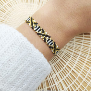 bracelet pm croix dorees sur JUA&CO