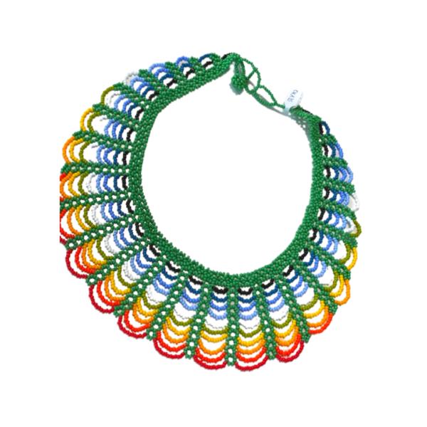 Collier Embera Chami vert sur JUA&CO