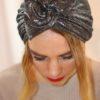 Turban à noeud plissé gris brillant
